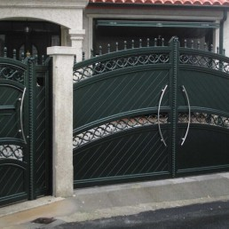 Portal de aluminio